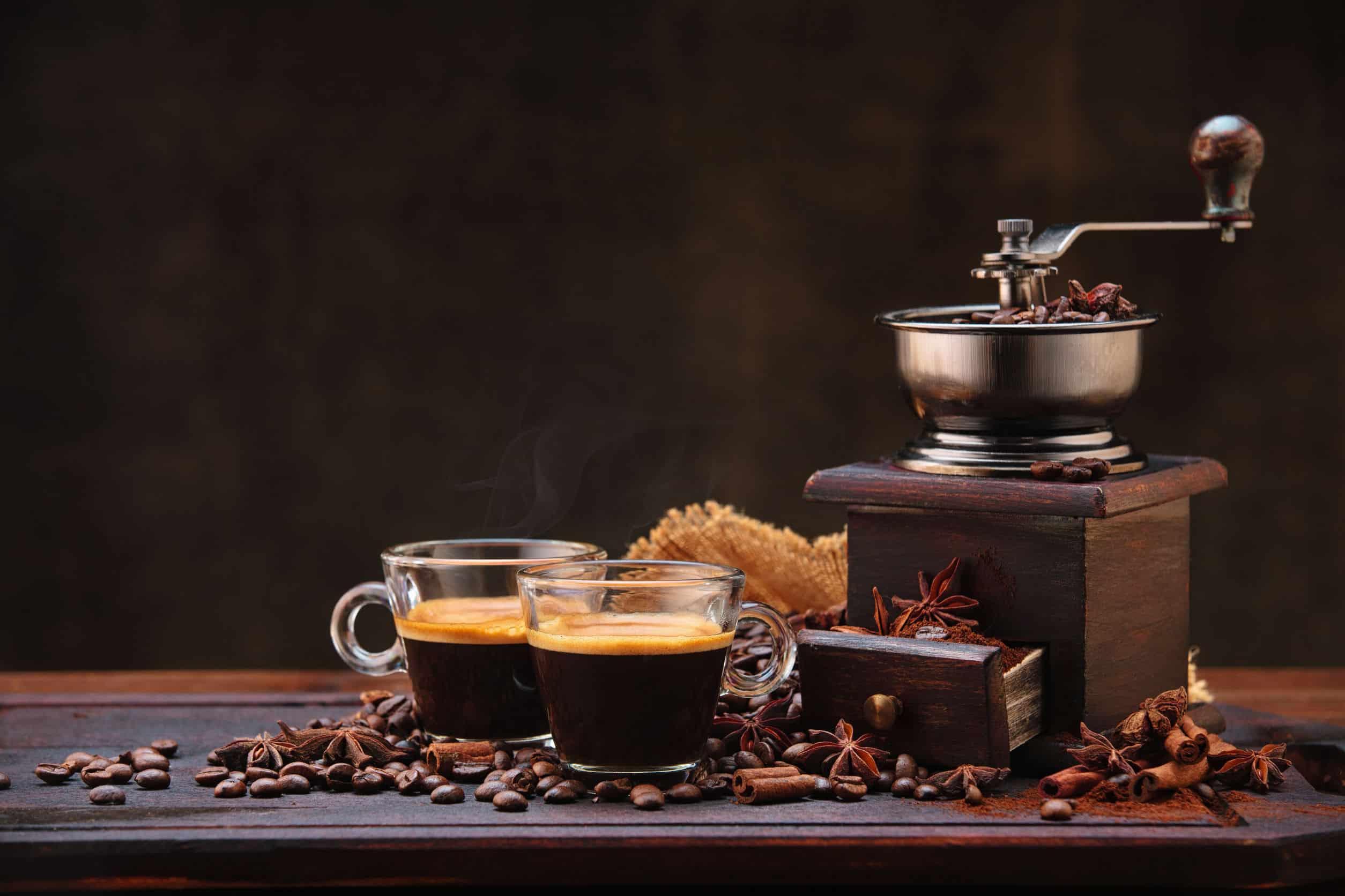 Kaffeemaschine mit Mahlwerk: Test & Empfehlungen (05/21)