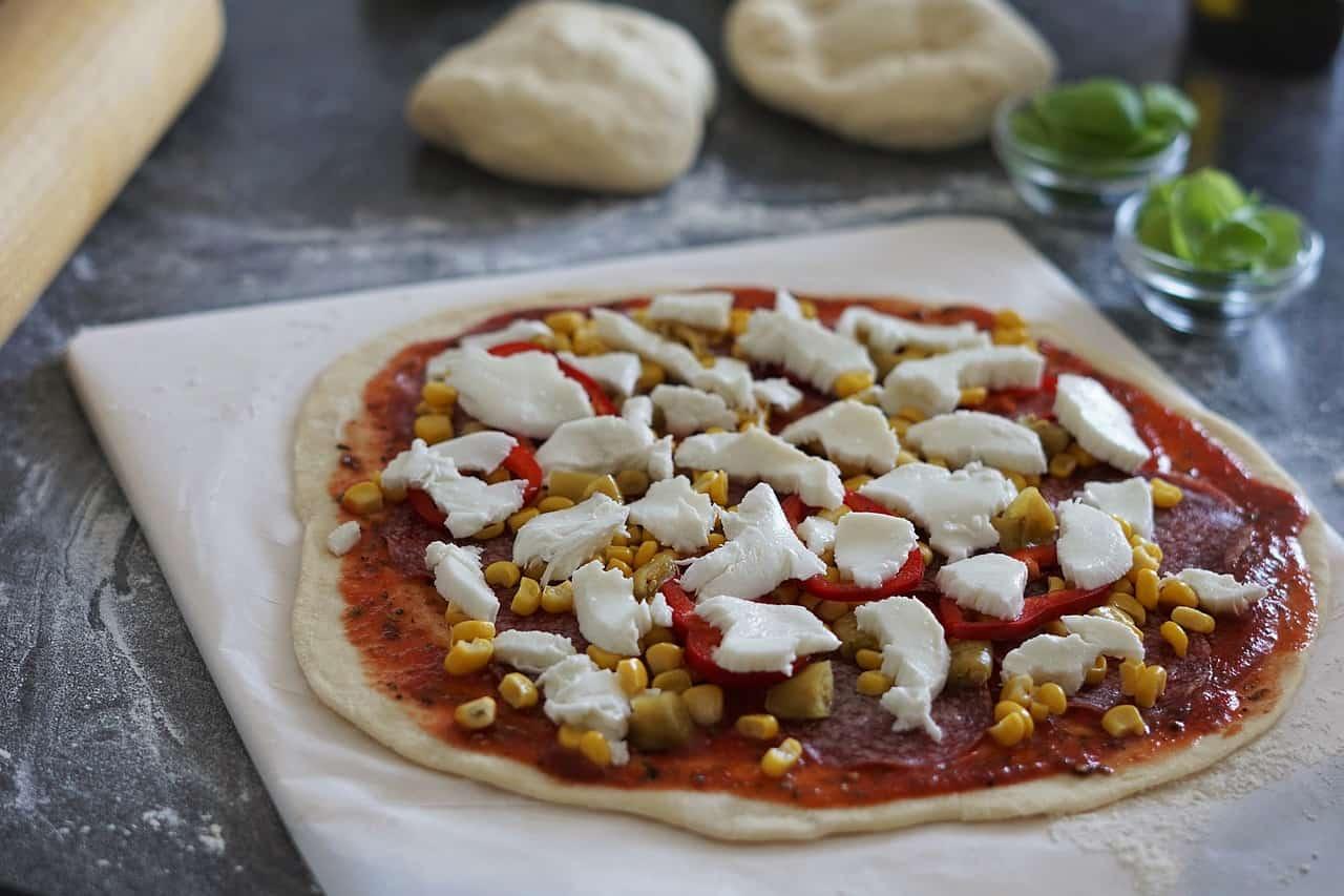 Pizzastein reinigen: So wird es richtig gemacht