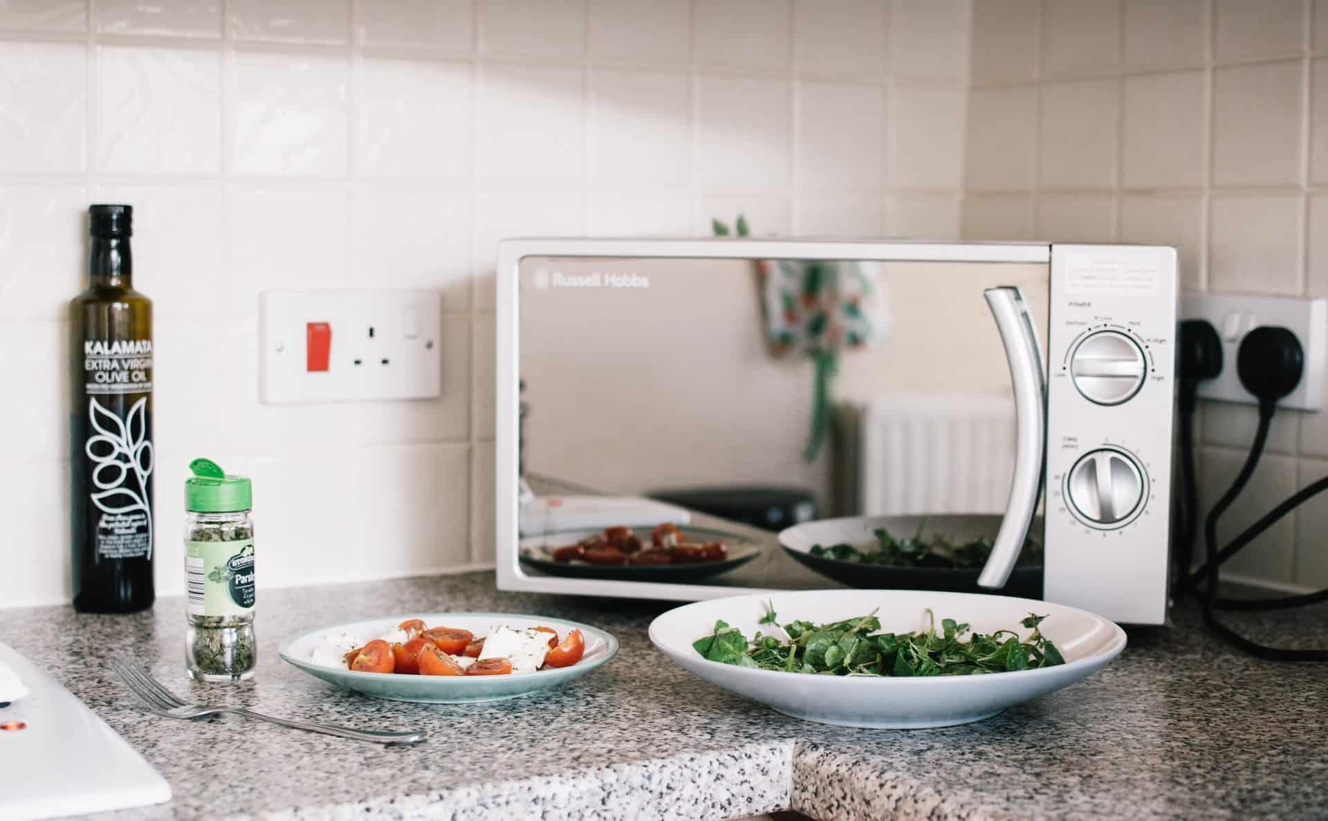 Mikrowelle mit Grill: Test & Empfehlungen (01/20)