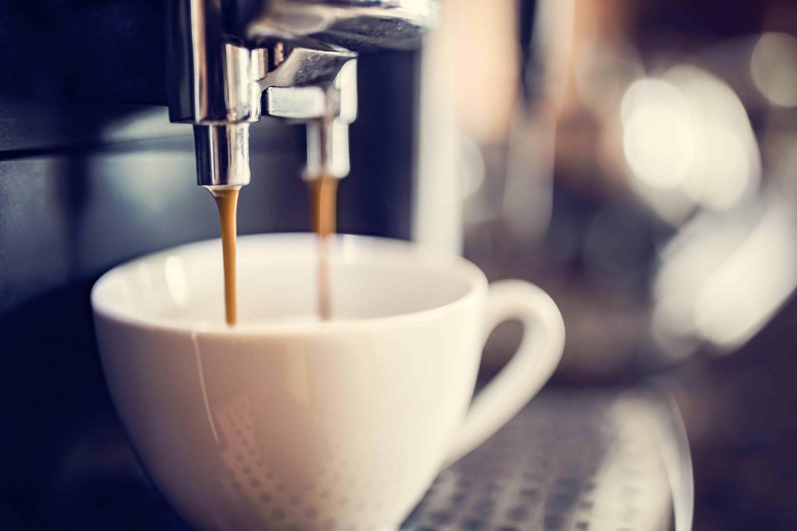 Kaffeevollautomat: Test & Empfehlungen (04/21)