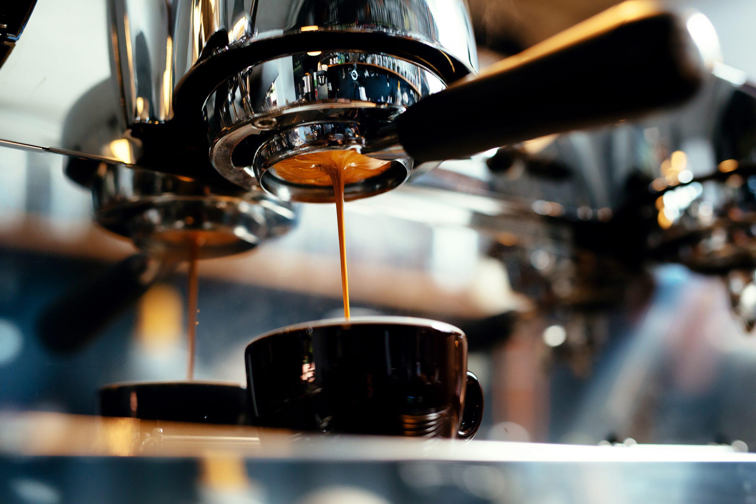 Espressomaschine mit Mahlwerk