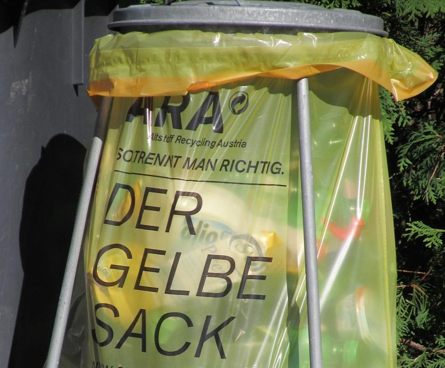 gelber-sack-ständer-test